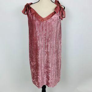 4/$25 | Hummingbird Pink Velvet Pleated Dress